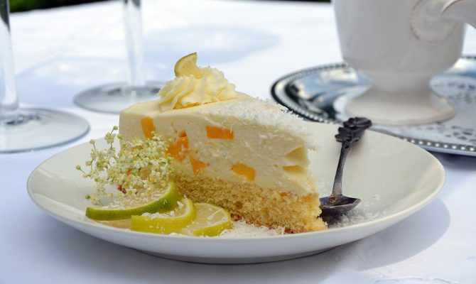 Limetten-Mango-Torte